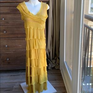 Dresses & Skirts - GORGEOUS Italian made Yellow Silk maxi dress.
